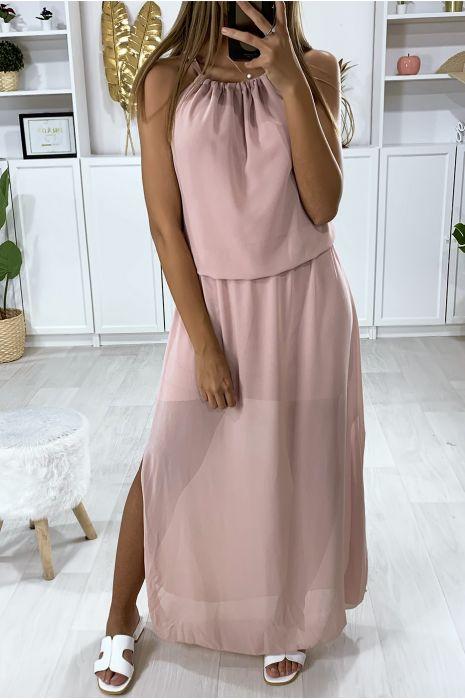 Robe rose ouvert au dos avec élastique à la taille et fente sur les cotés