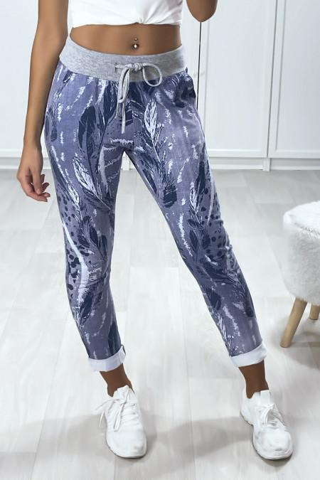 Katoenen joggingbroek met zakken en omgeslagen zoom in een mooi indigopatroon