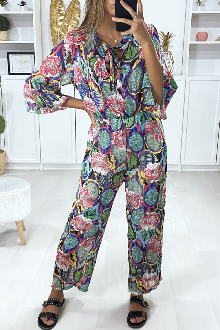 Floral motif jumpsuit in fuchsia with flounce and gold threads