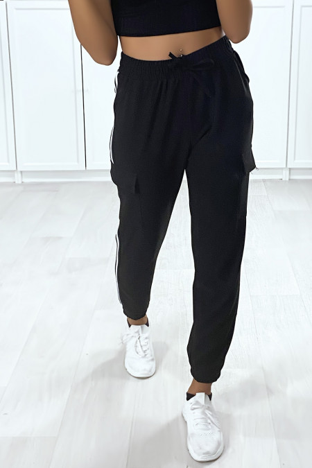 Black jogging with white stripes and side pockets