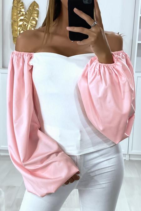 Zeer modieuze roze boothals top met wijd uitlopende mouwen