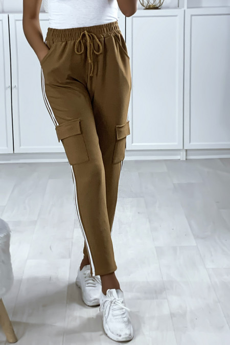 Light camel jogging pants with bands and pockets on the sides