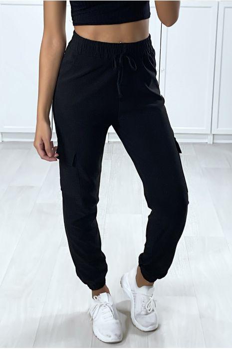 Pantalon Jogging Noir Pour Femme Avec Poches Sur Les Cotés