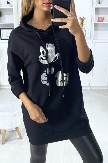 Lange zwarte hoodie met zilveren dessin op de voorkant
