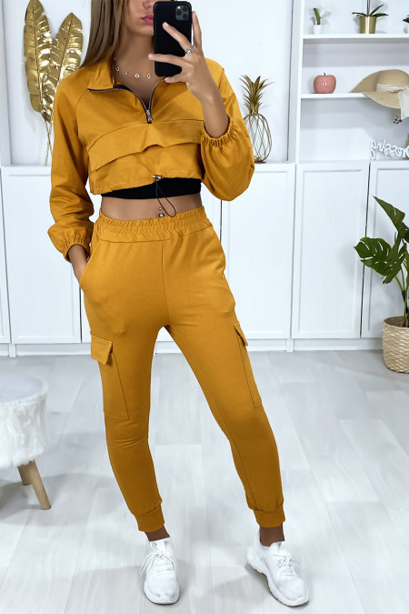 Mustard jogging set with cropped sweatshirt and bottom with pockets
