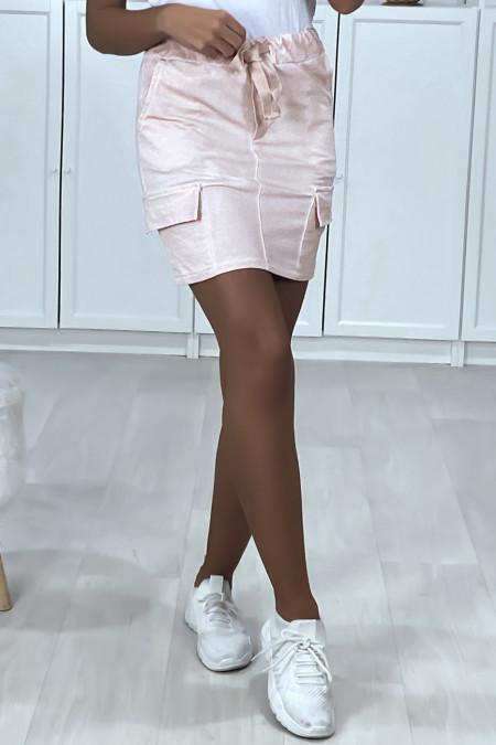 Korte rok van roze brushed katoen met steekzakken