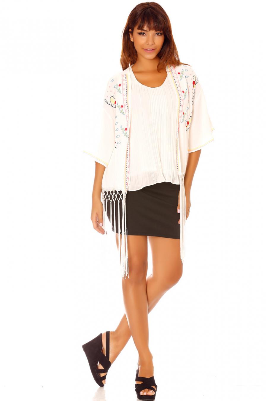 Veste Kimono à broderies et franges C902