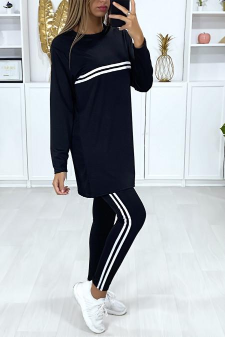 Zwarte sport tuniek en legging met witte banden
