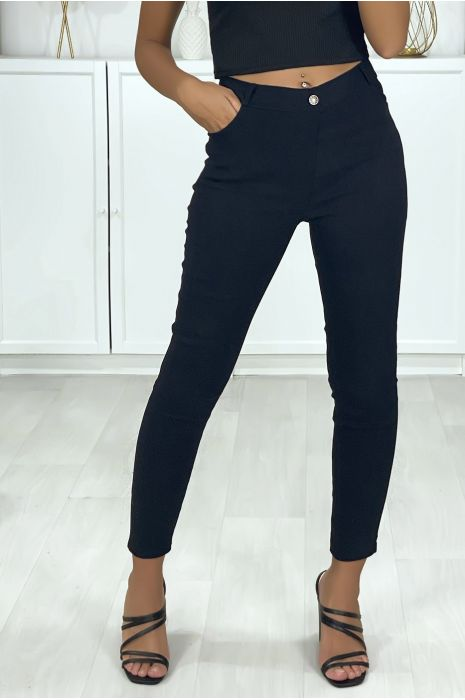Pantalon slim noir en strech avec 4 poches