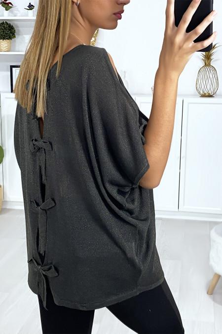 Kaki glanzende stoffen top met blote schouders en strikjes op de rug