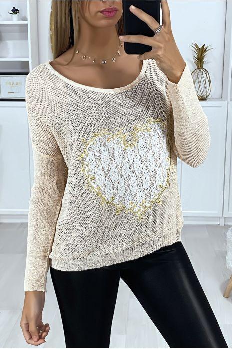 Roze sweater met hartmotief in kant en borduursels