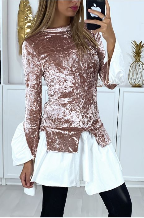 2-in-1 pink velvet top with ruffles on the sleeves and bottom