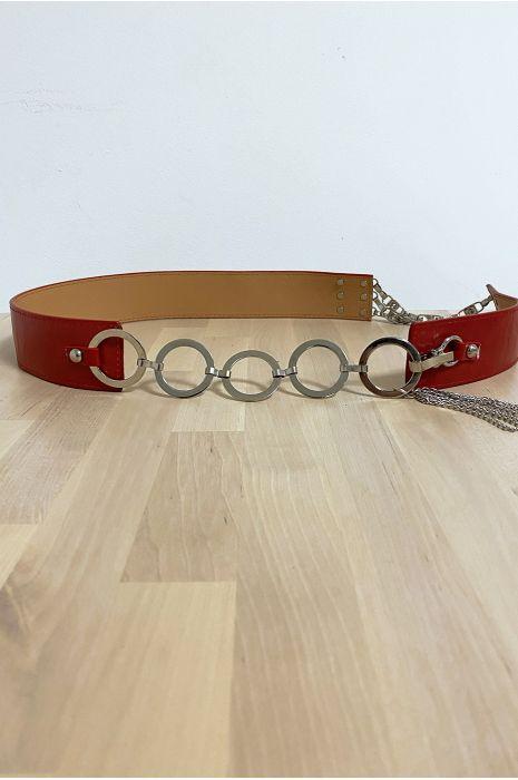 Ceinture rouge avec accessoire en cercles et en strass