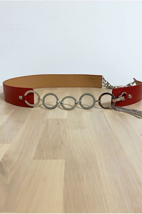 Rode riem met accessoires in cirkels en strass steentjes