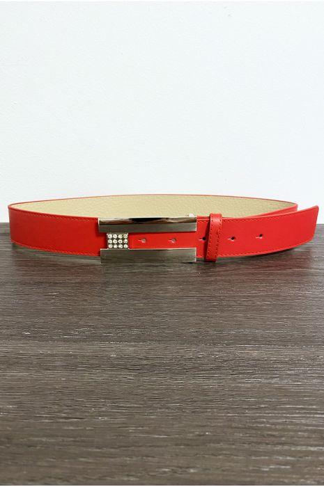 Ceinture rouge avec boucle rectangulaire et strass