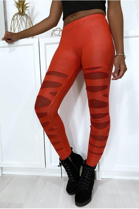 Rode legging met mooi patroon gesneden en gevoerd met mesh