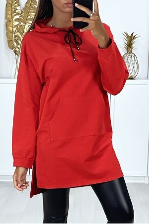 Long red hoodie with front pockets