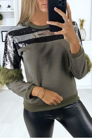 Kaki sweatshirt met pailletten op de buste en synthetisch bont op de mouwen