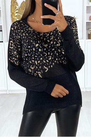 Leger pull blanc over size avec motif léopard au buste