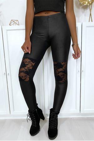 Leggings noir matière brillante et extensible avec dentelles aux genoux