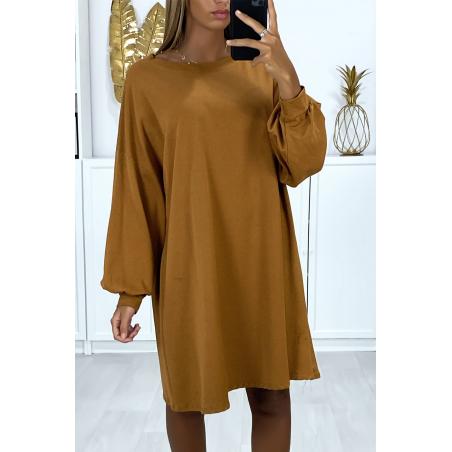 Robe sweat camel over-size très ample et agréable à porter