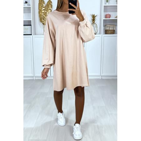 Robe sweat rose over-size très ample et agréable à porter