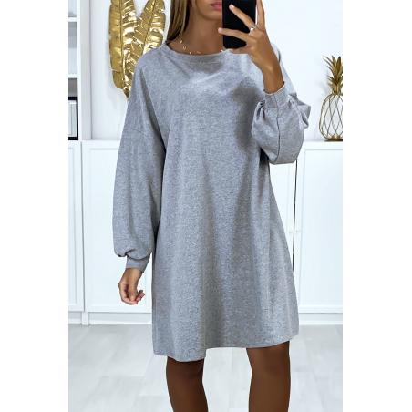 Robe sweat grise over-size très ample et agréable à porter