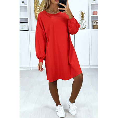 Robe sweat rouge over-size très ample et agréable à porter