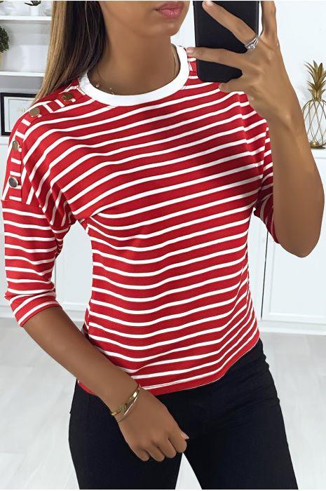 Haut rayé rouge et blanc avec boutons doré aux épaules