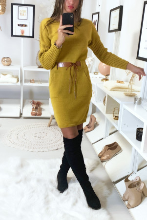 Mustard sweater dress with pocket and camel belt