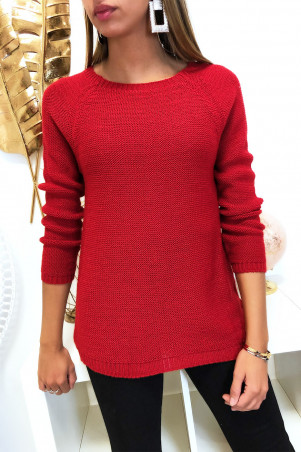 Pretty red trapeze sweater, braided at the back with 3 small butterfly ribbon
