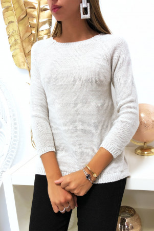 Pretty beige trapeze sweater, braided at the back with 3 small butterfly ribbon