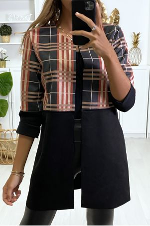Mid-length black jacket in suede.