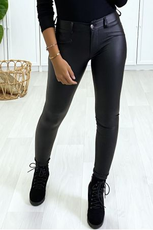 Black slim pants, stretch effect and very soft inside.