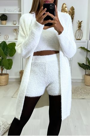 Beautiful, very soft 3-piece set in white with tank top shorts and cardigan