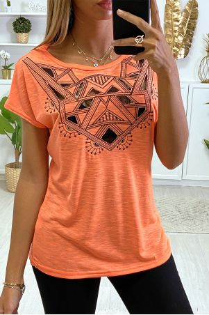 Orange T-shirt with embroidery and lace on the bust