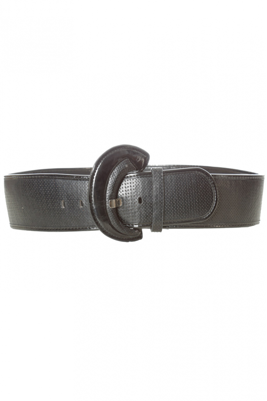 Black quilted style belt with shiny oval buckle. BG-0101