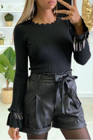 Zwarte geribbelde sweater met ruches en mouwaccessoire