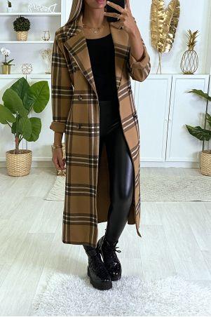 Lange camel geruite jas met zakken en riem