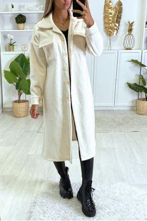 Zeer warme jas in wit met borstzakken en knoopjes