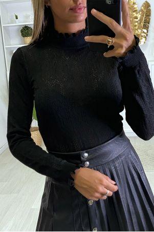 Pull noir motif jacquard avec froufrou au col et aux manches