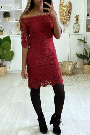 Burgundy Lace Boat Neck Bodycon Dress