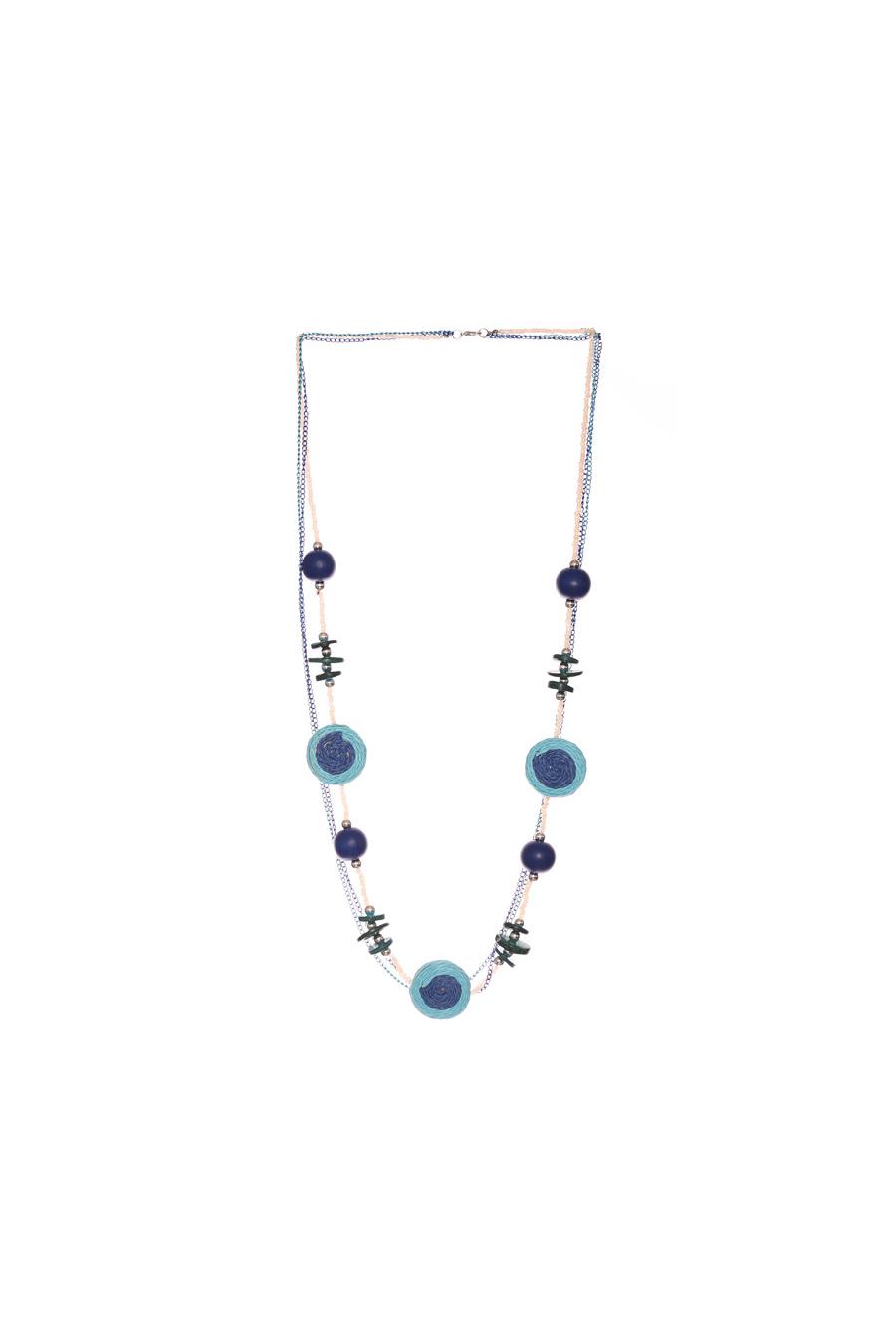 Collier royal pour femme très tendance avec perles. Bijoux femme fashion