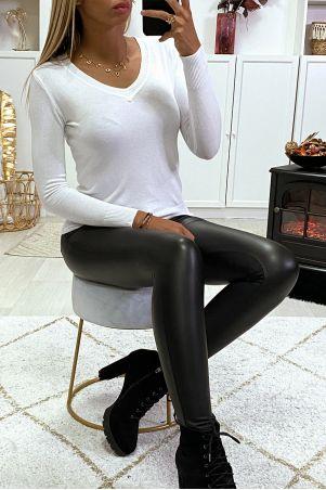 Pull blanc col V en maille tricot très extensible et très doux
