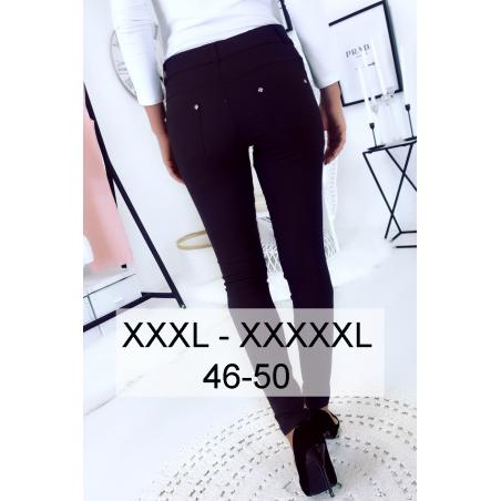 Pantalon slim marine en grande taille , basic avec poches avant et arrière